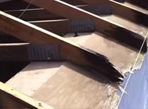 Roof-Rotting-wood