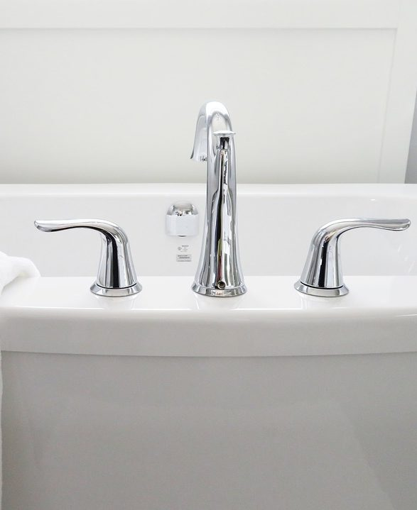 How To Remove A Bath Faucet - DIY