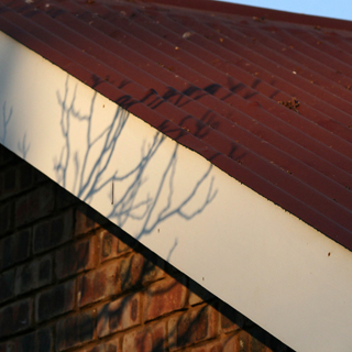 How to Attach Fascia Board to Roof Trusses