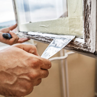 How to Fix a Stuck Window