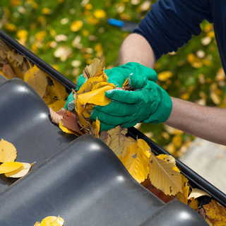 How to Seal Gutters
