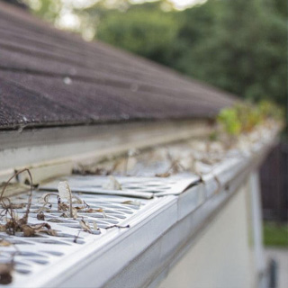 How to Remove Gutter Guards
