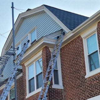 How to Choose a Roof Color for a Brick House